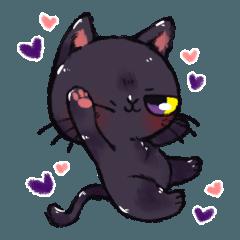 こんな黒猫はいかかですか?