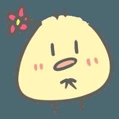 頭にお花ヒヨコ