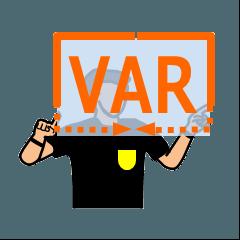 サッカー審判のVARジェスチャー